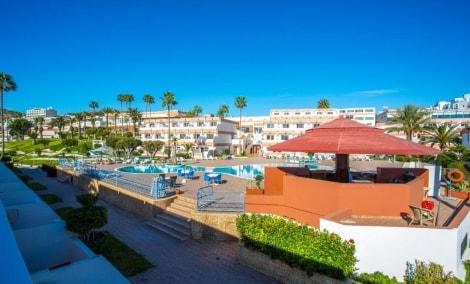 al-moggar-garden-beach-laukas-13928