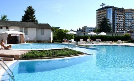 balaton-hotel-baseinas-is-sono-11093