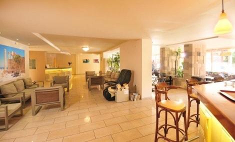 carina-hotel-lobby-13481