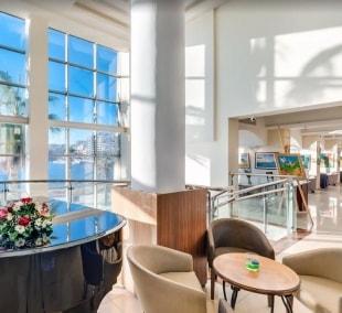 cavalieri-art-hotel-lobby-13708