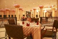 jungtiniai-arabu-emyratai-crown-palace-restoranas-4141
