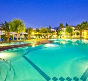 hotel-esperia-baseinas-15903