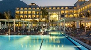 karmir-resort-spa-baseinas-vakaras-13260