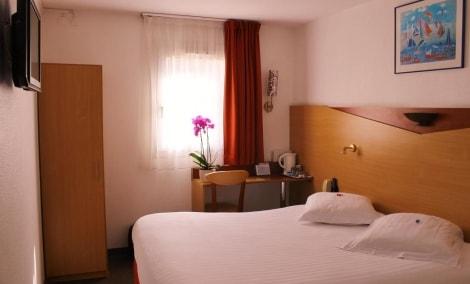 kyriad-nice-port-kambarys-12515