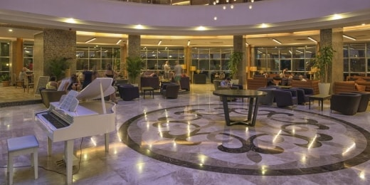 michell-hotel-spa-lobby-13641