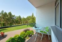 poilsis-nidoje-viesbutis-nidus-staliukas-balkonas-4723
