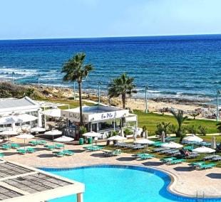 piere-%e2%80%93-anne-beach-hotel-baseinas-papludimys-15058-1