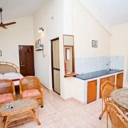 pifran-holiday-beach-resort-virtuvele-12080