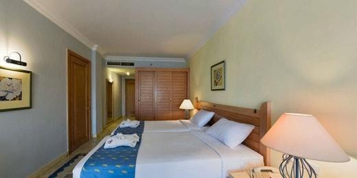 royal-lagoons-aqua-park-resort-kambarys-12982