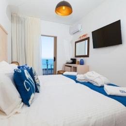 serenity-blue-hotel-lova-11509