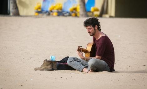 tenerife-gatves-muzikantas-9493