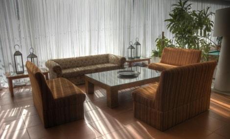 vilanova-resort-lobby-12961