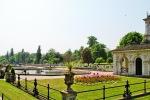 Hyde parkas