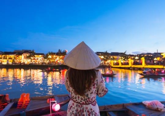 Kruizas Vietnamas, Singapūras, Kinija