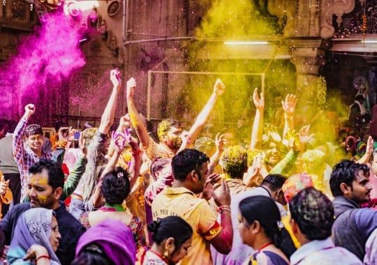 Indija (per Holi šventę)