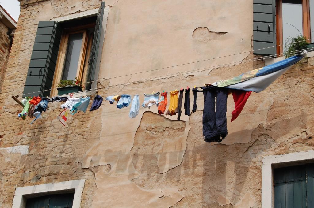 Venecija. Skalbiniai, Makalius, Italija