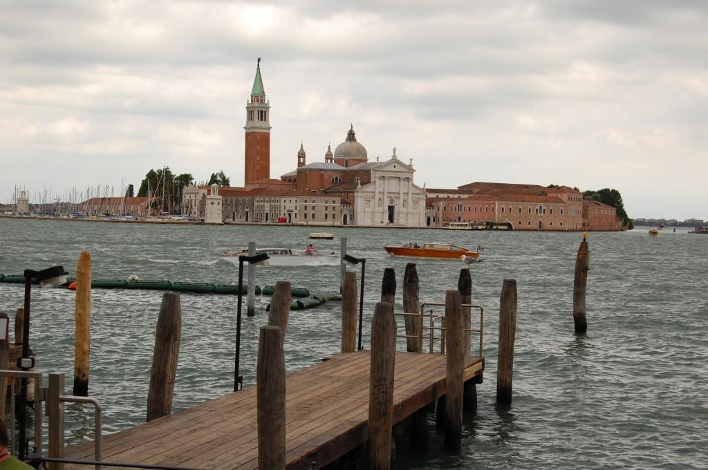 Venecija. Kitas krantas, Makalius, Italija