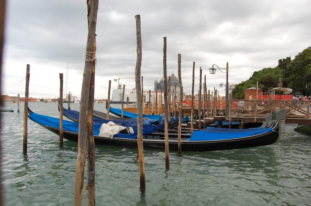 Venecijos kanalai, Makalius, Italija