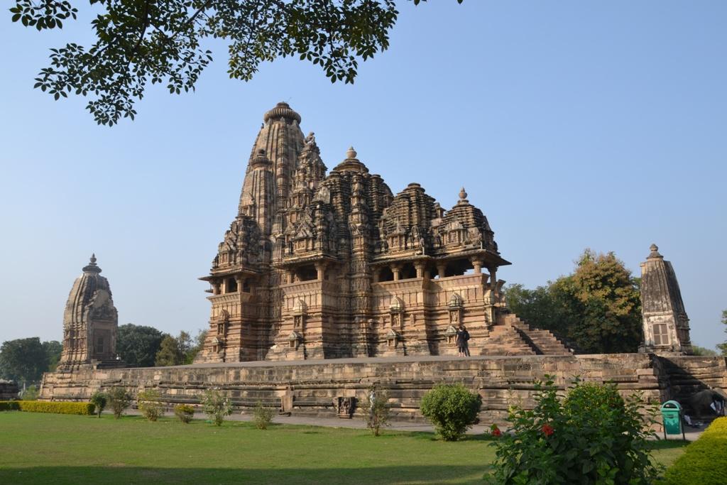 Kama Sutros šventyklos. Khajuraho