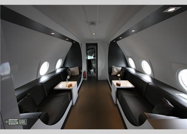 AirplaneSuite634279596793675000_big