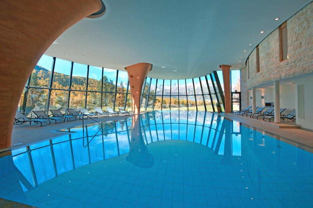 Kronenhof-Spa-Pool-Autumn