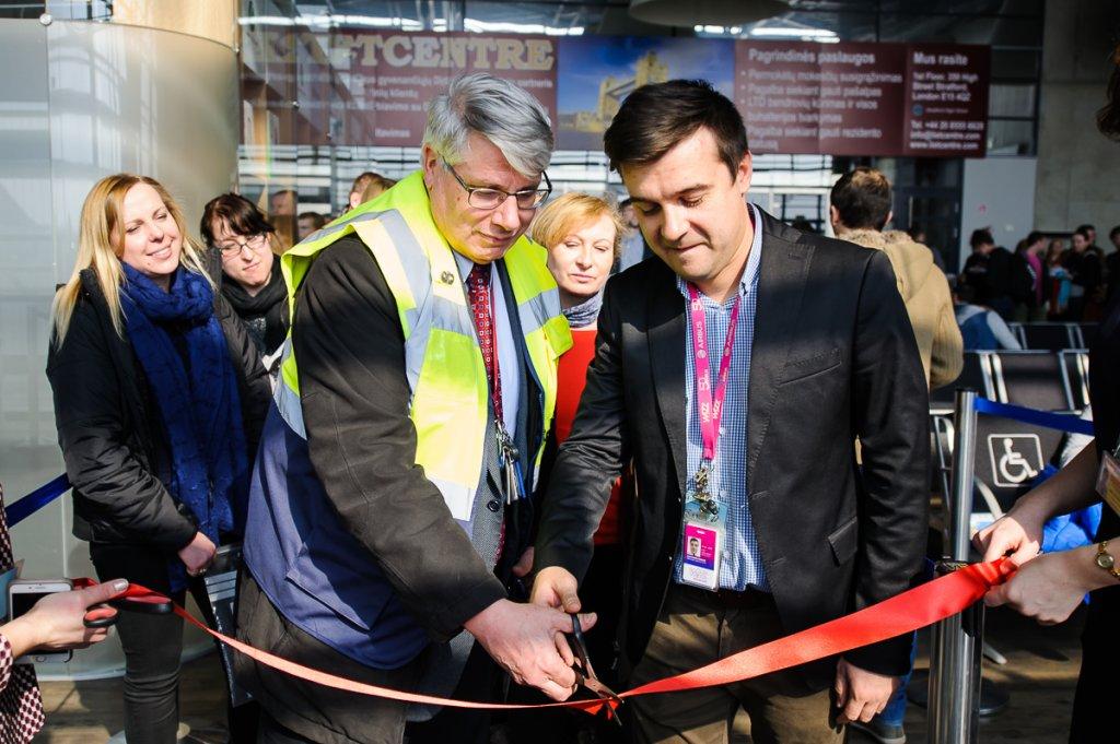 Kauno oro uosto direktorius Bruno Kaspar ir Wizz Air atstovas