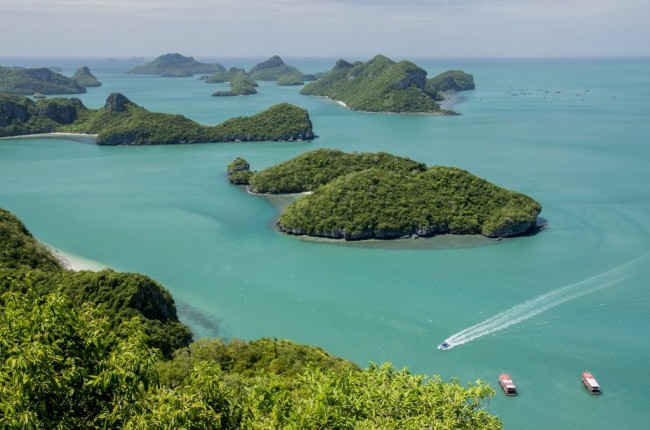 Ang Thong National Marine Park islands. Sleeping Cow Island, Three Pillars Island, Ko Wua, Talap Buaboke Cave, Ko Paluay. Thailand