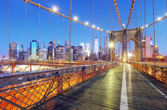 New York City, Brooklyn Bridge at night, USA